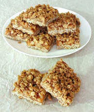 Cinnamon Apple Streusel Bars