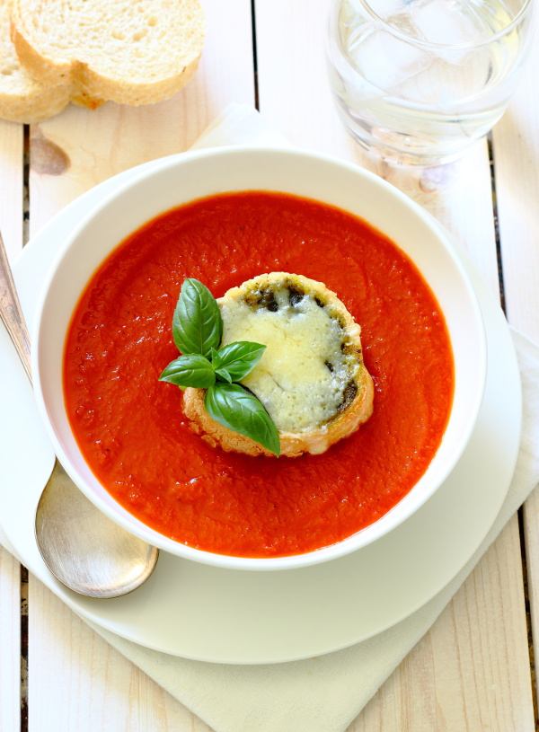 Roasted Red Pepper & Tomato Soup Recipe - Lightly spiced, warming and comforting and served with cheesy pesto toasts for dunking!