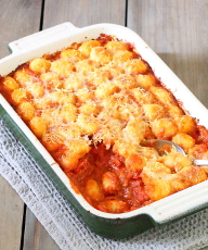 Sausage, Pepper and Gnocchi Casserole (One-Pot) - Sausages and peppers in a rich, creamy tomato and basil sauce, topped with crispy, cheesy gnocchi. | sliceofkitchenlife.com